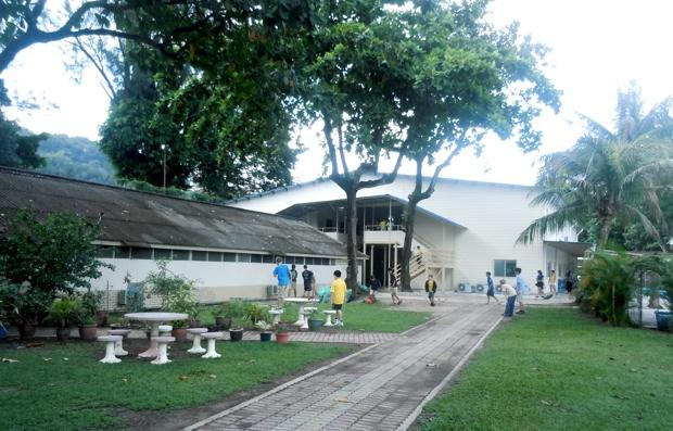 Dalat International School2-3