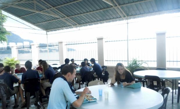 Dalat International School2-9