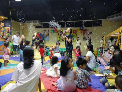 お友達が開いた誕生日パーティーに参加。セブにはこういったファミリー向けの施設もいくつかあります。