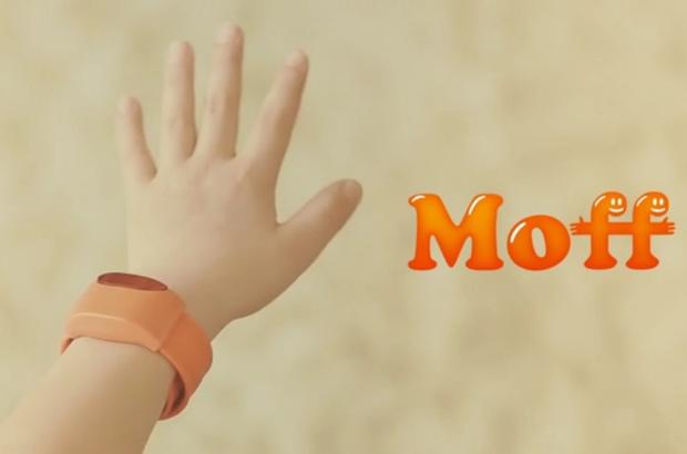 Moffには速度と角度を認知するセンサーが内蔵されており、Bluetooth 4.0とスマホやタブレットと連携。アプリに応じて、さまざまな遊びが可能となります。