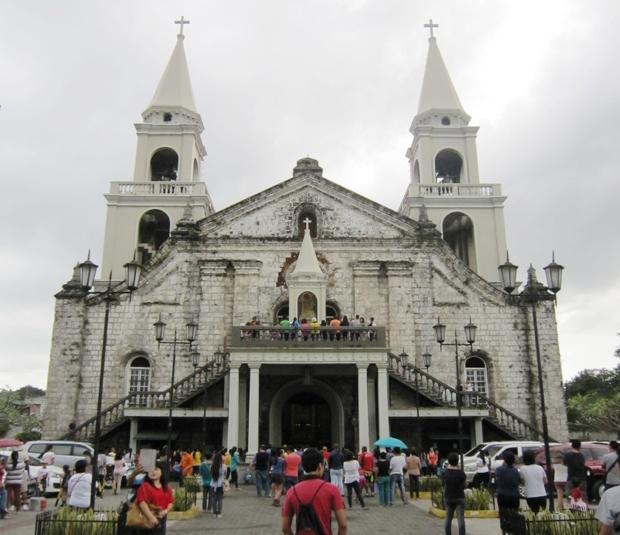 イロイロで有名な教会のひとつ、「ハロ教会 Jaro Curch」。