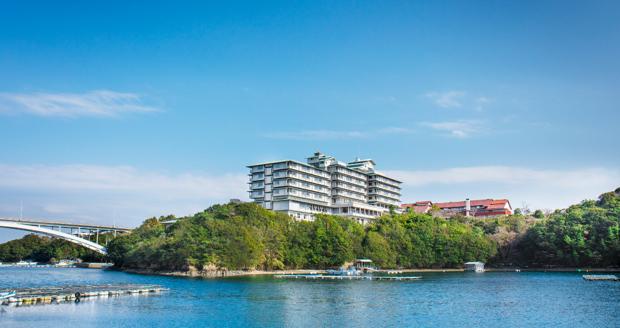 キャンプで滞在するのは、G7会場となった「志摩観光ホテル」。