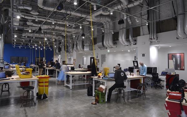会場は、アメリカ発祥の会員制DIY工房「TechShop Japan」(赤坂アーク森ビル)。春講座では、TechShop Japanによるものづくりワークショップも予定(1時間程度)。