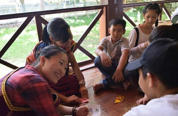子どもセンターにて日本文化紹介。